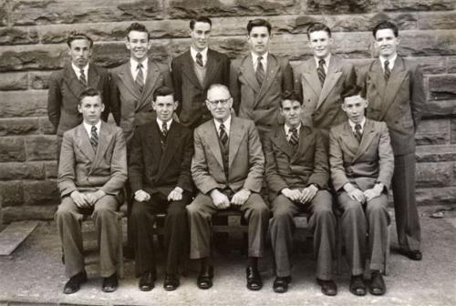 1952-LEAV-TECH-A