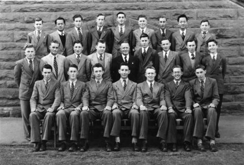 1952-LEAV-HONS
