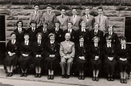 1958-LEAV-COMM